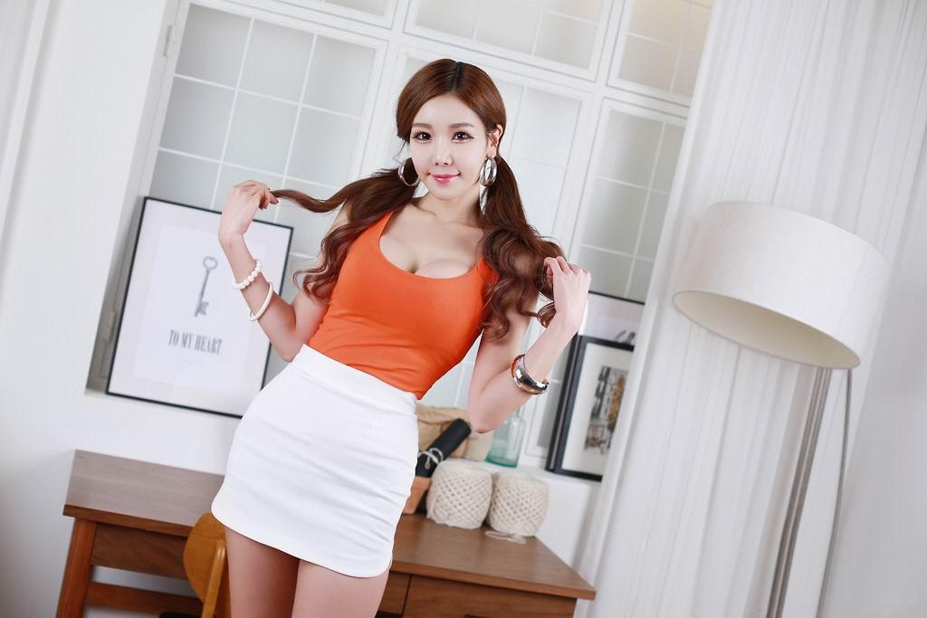 大胸韩国美女